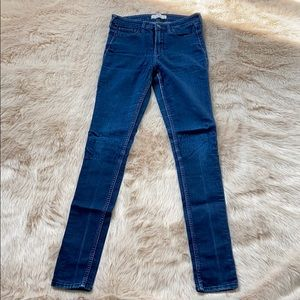 Comfy and stretchy Hollister Jeans
